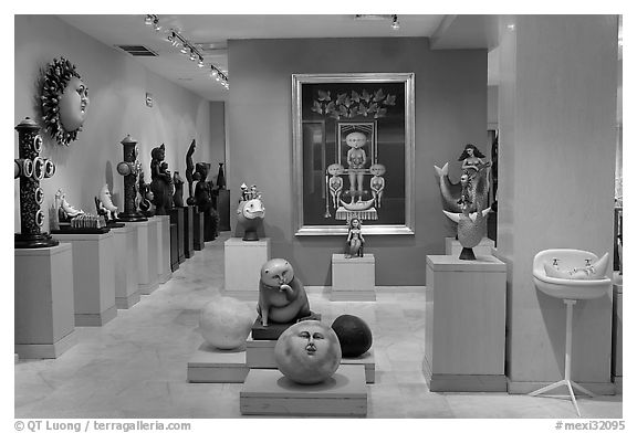 Black and white picture photo art gallery featuring works by bustamante tlaquepaque jalisco mexico