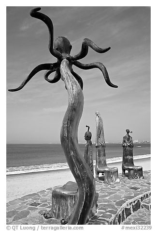 Sculpture on Circle of the Sea next to the beach, Puerto Vallarta, Jalisco. Jalisco, Mexico (black and white)