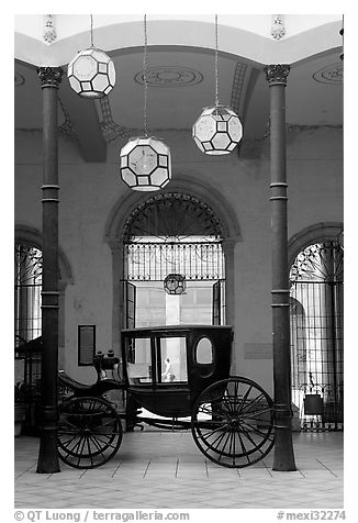 Carriage in Gonzalez Ortega Market. Zacatecas, Mexico (black and white)