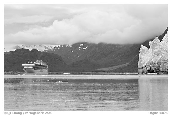 Cruise boat in Tarr Inlet next to Margerie Glacier. Glacier Bay National Park (black and white)