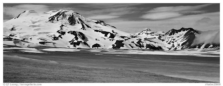 Mt Meigeck rising above floor of the Valley of Ten Thousand Smoke. Katmai National Park (black and white)