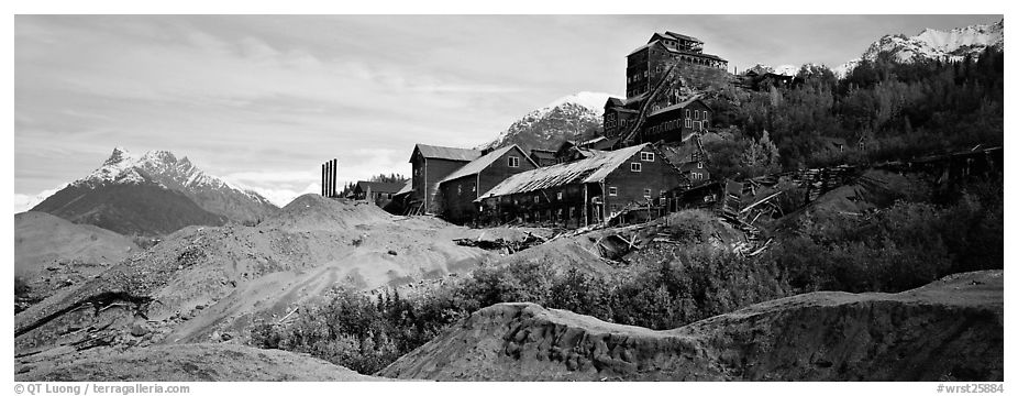 Abandonned mill buildings and moraine, Kennicott. Wrangell-St Elias National Park (black and white)