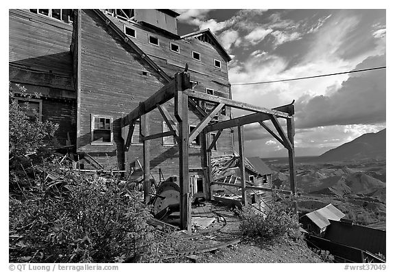 Kennecott Mill overlooking the Root Glacier. Wrangell-St Elias National Park (black and white)