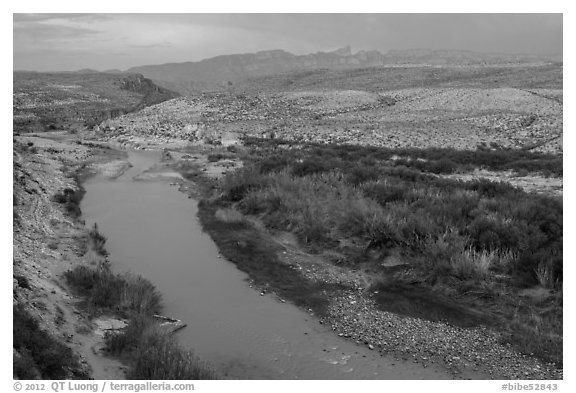 Rio Grande River and Sierra Del Carmen mountains, dusk. Big Bend National Park (black and white)