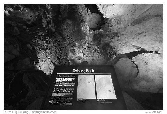 Interpretive sign, Iceberg Rock. Carlsbad Caverns National Park (black and white)