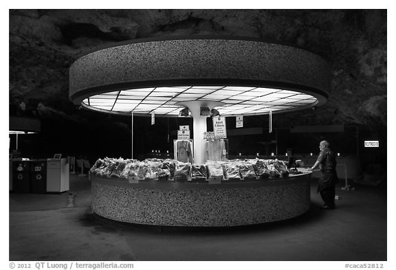 Souvenir shop, Underground rest area. Carlsbad Caverns National Park (black and white)