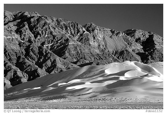 Eureka Dunes and Last Chance range, late afternoon. Death Valley National Park (black and white)