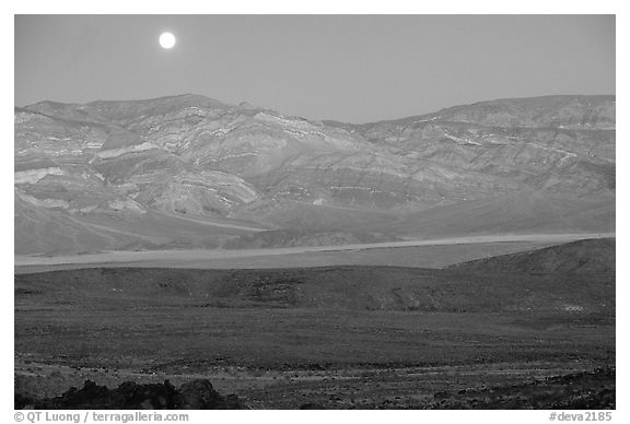 Moonrise over the Panamint range. Death Valley National Park (black and white)