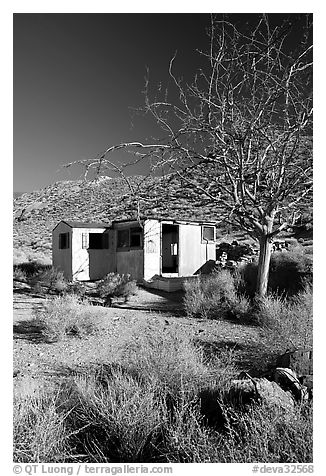 Cabin of Pete Aguereberry's mining camp in the Panamint Mountains, afternoon. Death Valley National Park (black and white)