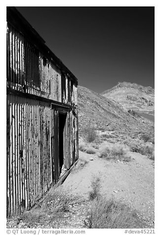Shack in Leadfield ghost town. Death Valley National Park (black and white)