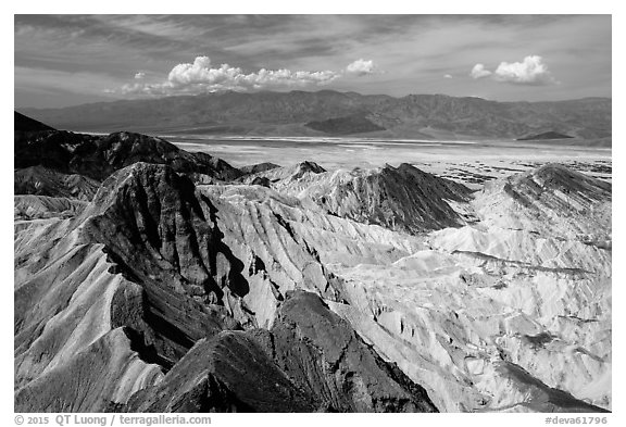 Manly Beacon and salt pan. Death Valley National Park (black and white)