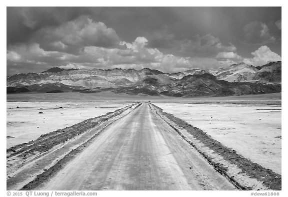 West Side Road crossing Salt Pan. Death Valley National Park (black and white)