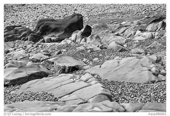 Slabs and pebbles on beach, Schoodic Peninsula. Acadia National Park (black and white)