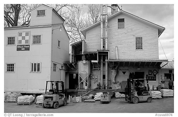 Wilson Feed  Mill. Cuyahoga Valley National Park (black and white)