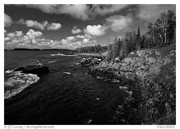 Rocky Lakeshore. Isle Royale National Park (black and white)