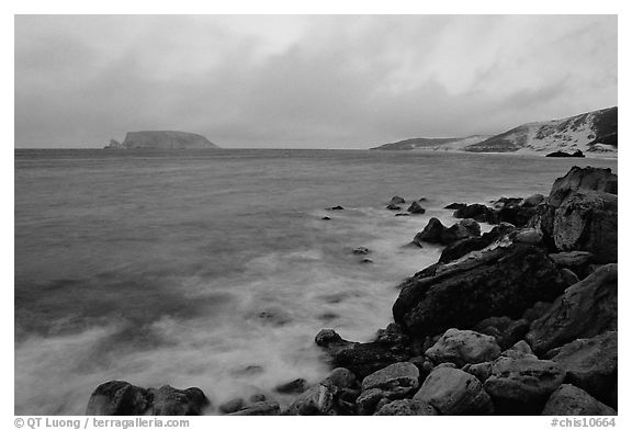 Prince Island and Cuyler Harbor, dusk, San Miguel Island. Channel Islands National Park (black and white)