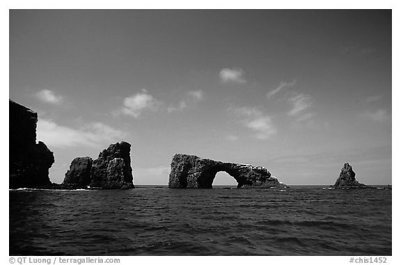 Arch Rock, East Anacapa. Channel Islands National Park (black and white)