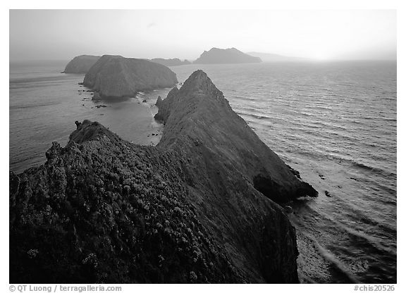 Inspiration point, sunset, Anacapa Island. Channel Islands National Park (black and white)
