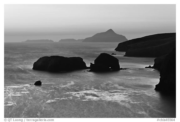 Rocks and Anacapa Islands a dawn, Santa Cruz Island. Channel Islands National Park (black and white)