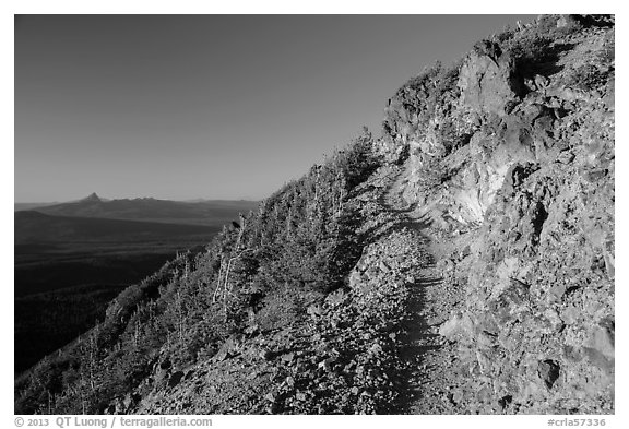 Mount Scott trail. Crater Lake National Park (black and white)