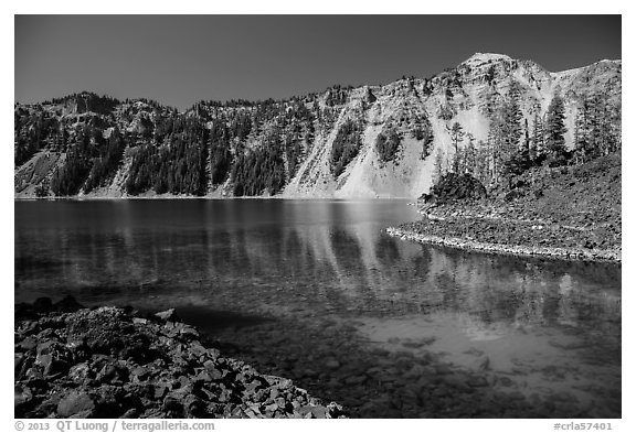 Emerald waters in Fumarole Bay, Wizard Island. Crater Lake National Park (black and white)