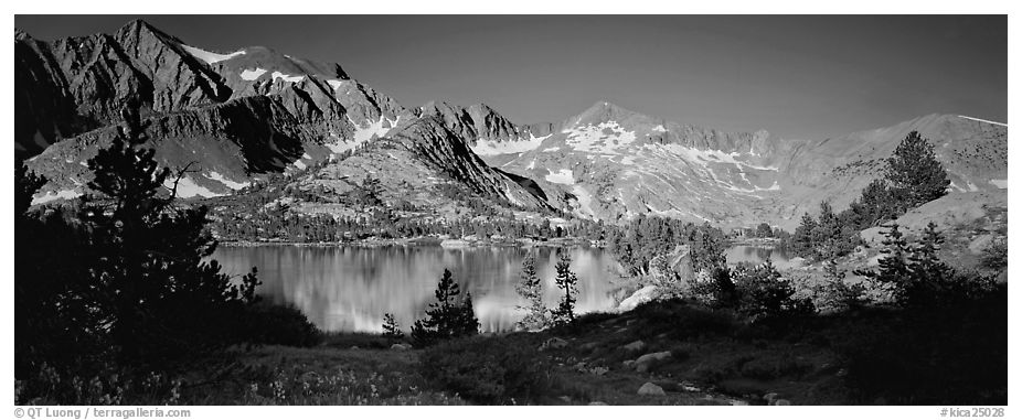 Lake and high peaks. Kings Canyon National Park (black and white)