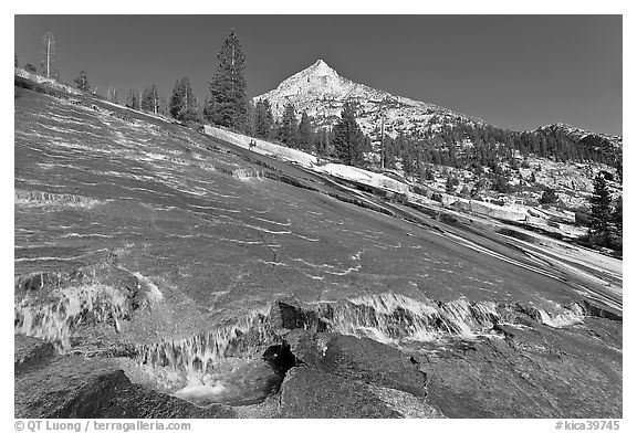 Creek flowing over granite slab, Le Conte Canyon. Kings Canyon National Park (black and white)