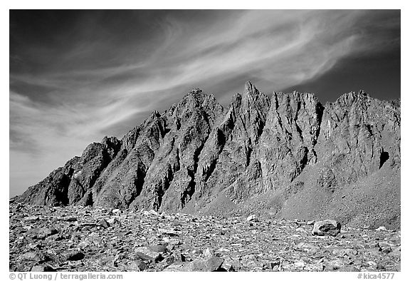 Mt Agasiz above Bishop Pass, afternoon. Kings Canyon National Park (black and white)