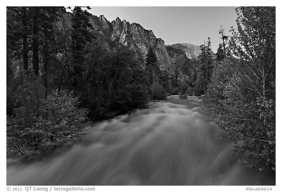 South Forks of the Kings River flowing at dusk. Kings Canyon National Park (black and white)