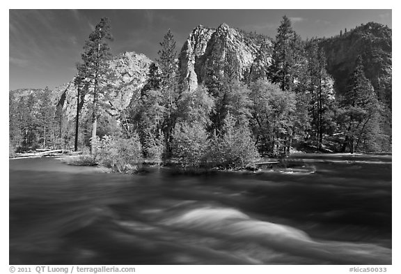 Kings River and trees in the spring, Cedar Grove. Kings Canyon National Park (black and white)