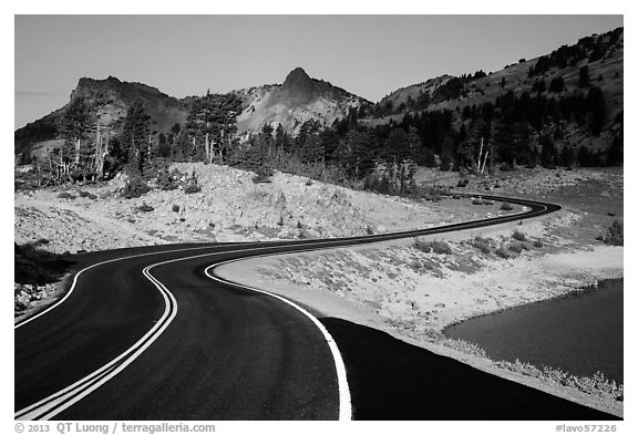Road near Lake Helen. Lassen Volcanic National Park (black and white)