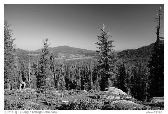 Visitor Looking, Inspiration Point. Lassen Volcanic National Park (black and white)