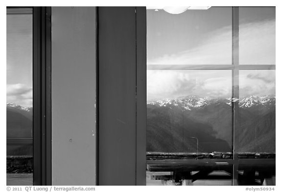 Olympic Range, Huricane Ridge Visitor Center window reflexion. Olympic National Park (black and white)