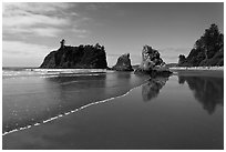 Ruby Beach, afternoon. Olympic National Park, Washington, USA. (black and white)
