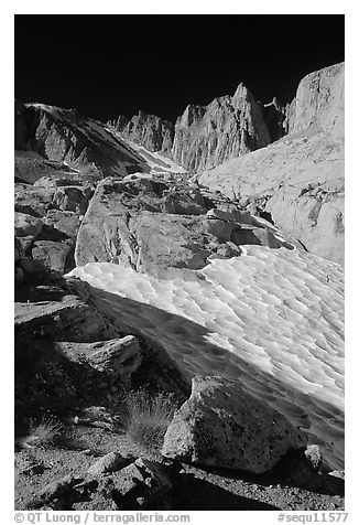 Neve and Keeler Needle. Sequoia National Park (black and white)