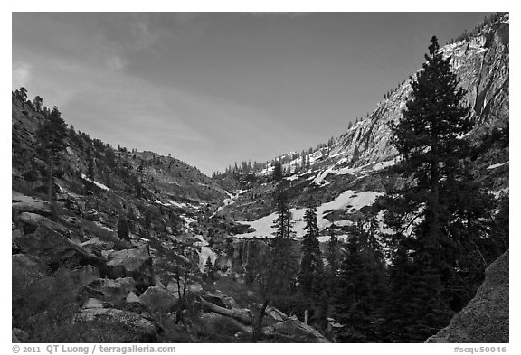 Alpine cirque, Marble Fork of the Kaweah River. Sequoia National Park (black and white)