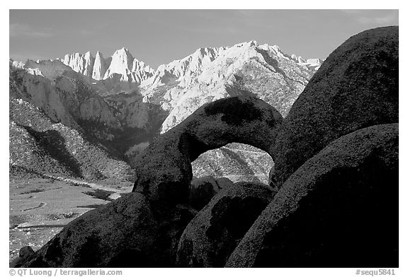 Boulders, Alabama Hills Arch I, Mt Whitney. Sequoia National Park (black and white)