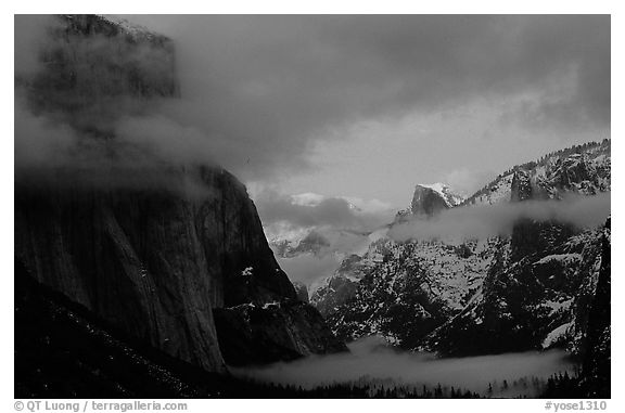 Valley view with fog, winter sunset. Yosemite National Park (black and white)