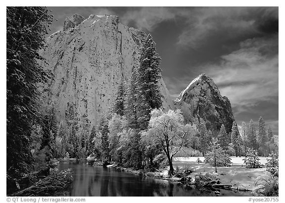 Cathedral rocks and Merced River with fresh snow. Yosemite National Park (black and white)