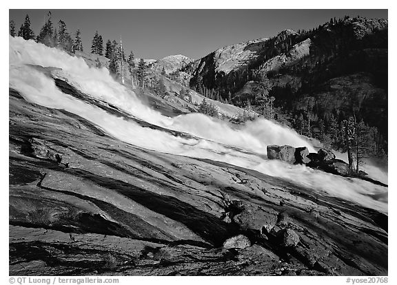 Waterwheels Fall of the Tuolumne River, late afternoon. Yosemite National Park (black and white)