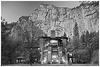 Ahwahnee hotel and cliffs. Yosemite National Park, California, USA. (black and white)