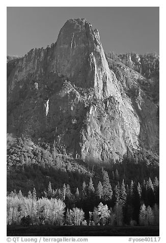 Sentinel Rock, late afternoon. Yosemite National Park (black and white)