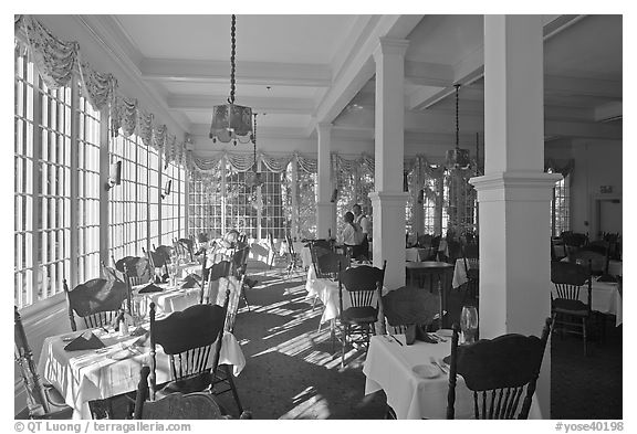 Dinning room, Wawona lodge. Yosemite National Park (black and white)