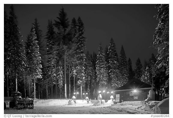 Gas station in winter. Yosemite National Park (black and white)