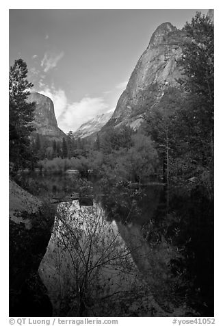 Mirror Lake and Ahwiyah Point in the Spring, late afternoon. Yosemite National Park (black and white)