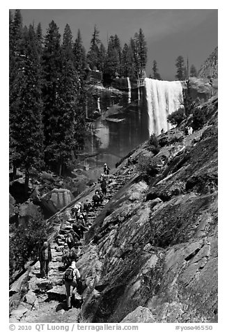 Crowded Mist Trail and Vernal fall. Yosemite National Park (black and white)