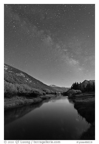 Milky Way above Lyell Canyon and Tuolumne River. Yosemite National Park (black and white)