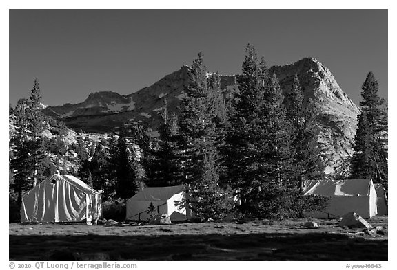 Sierra High Camp and Vogelsang peak. Yosemite National Park (black and white)