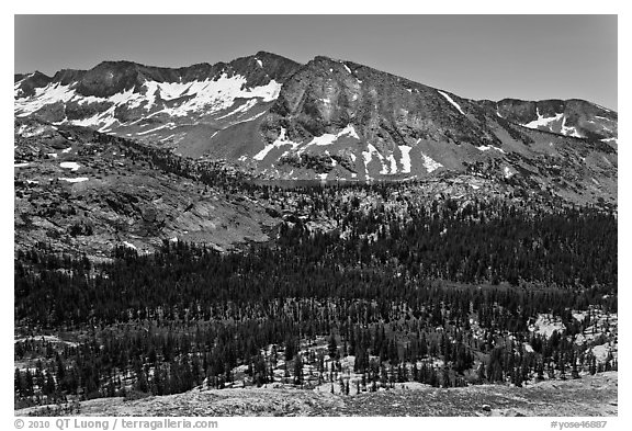 High Sierra view from Vogelsang Pass above Lewis Creek with Bernice Lake. Yosemite National Park (black and white)