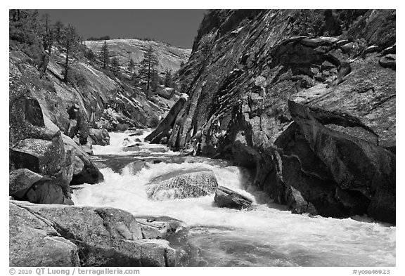 Gorge, Upper Merced River Canyon. Yosemite National Park (black and white)